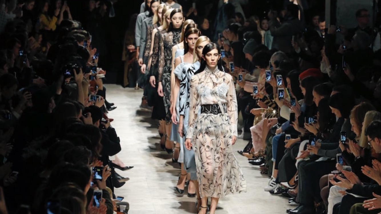 6-the-paris-collections-kicked-off-with-an-abundance-of-a-rich-colorful-4